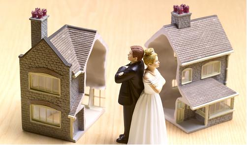 Se la moglie vive in un immobile di sua proprietà l'assegno erogato dal marito può essere ridotto