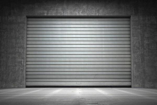 L 39 abbattimento parziale del muro condominiale per for Foto staccate del garage